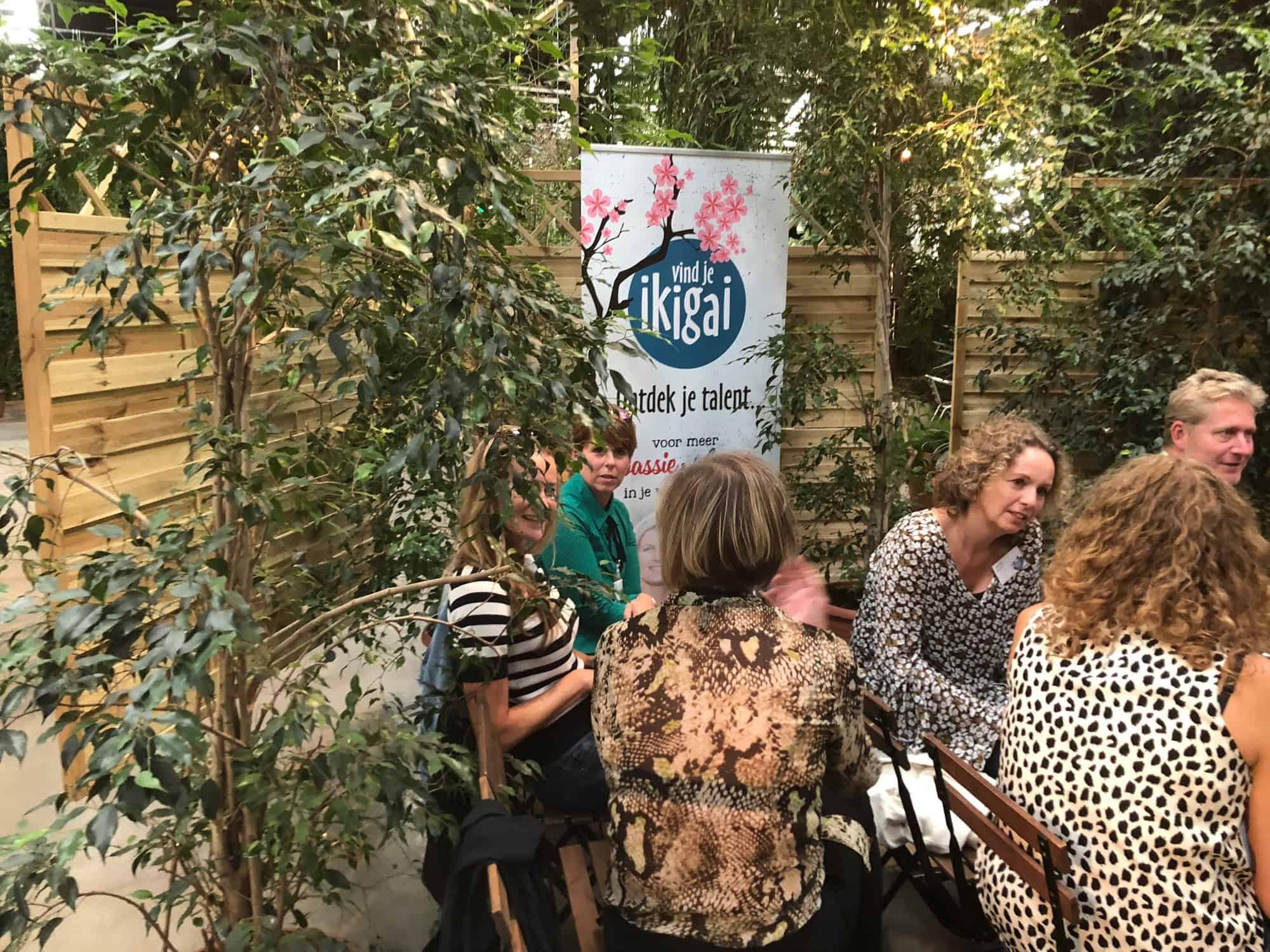 Dit is een foto van de deelnemers van de ondernemers workshop Personal Branding door Brenda Serrée | Branding Diva